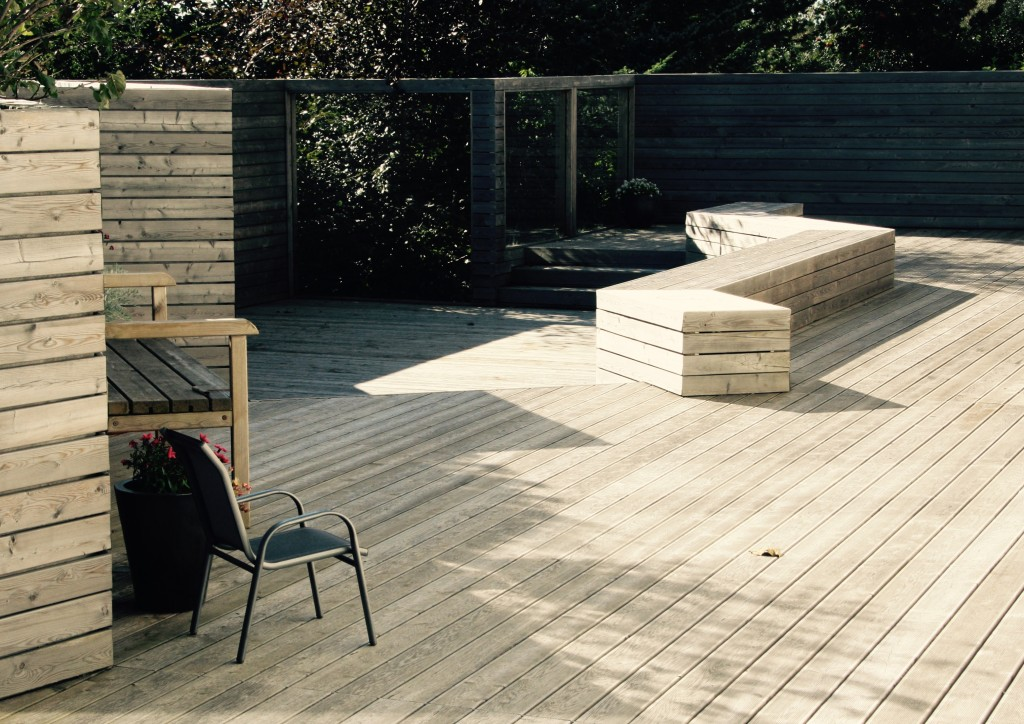 Driftwood style Larch deck