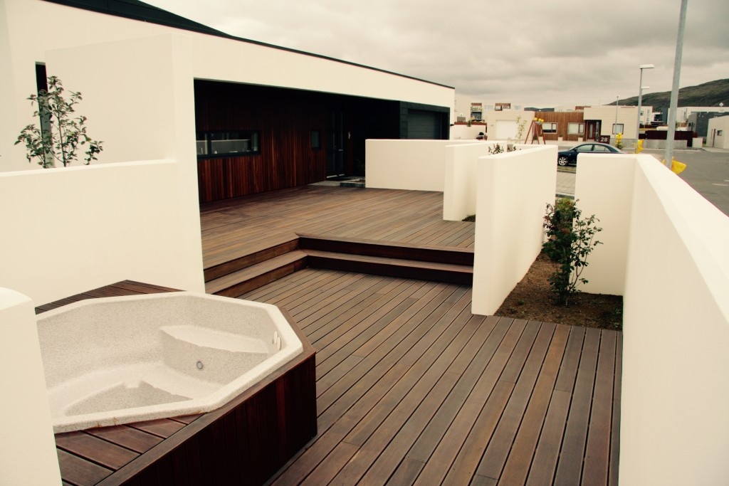 Hot tub and white walls